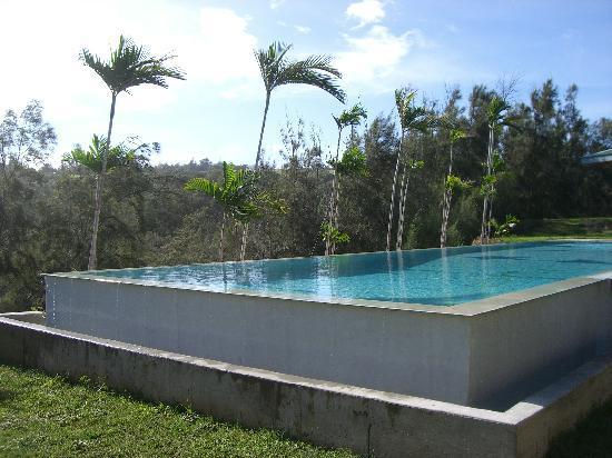 Hawaii Island Retreat at Ahu Pohaku Ho`omaluhia: Fabulous Infinity Pool