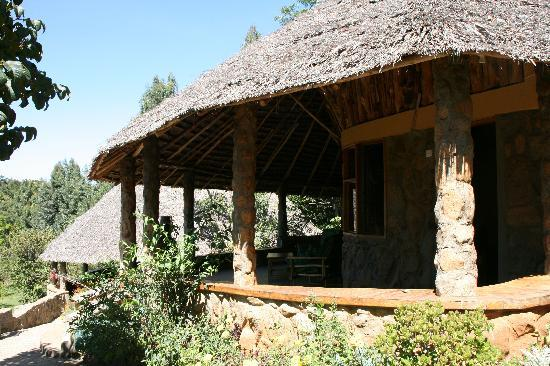 Naiberi River Campsite & Resort: Stone cottage