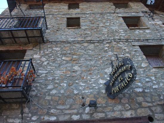 Hostal Restaurante El Portalico: exterior 2