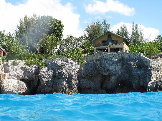 Citronella: Beautiful Cove House from the Water