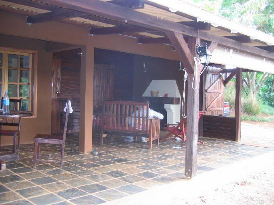 La Vieille Cheminee: outdoor lounge