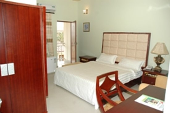 Spintex Inn: Bedroom with Balcony