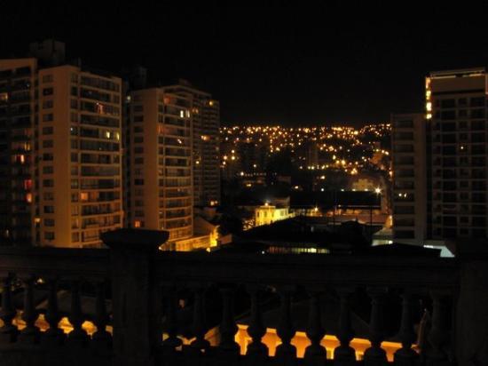Cerro castillo vi a del mar vista nocturna desde la for Hotel cerro castillo