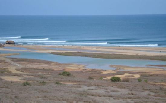 Luanda, Angola: Pipeline em Cabo ledo - Angola... amanha lá estarei! mais um fim de semana...