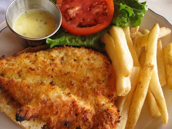 Ocean Grill Restaurant: Panko crusted chicken sandwich