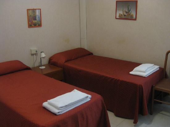 Casa Il Rosario: Our room with aircon
