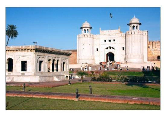 Fort and Shalamar Gardens: Entrance to Lahore Fort and Ranjit Singh's pavilion
