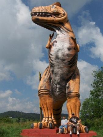 Cave City, KY: Dinosaur World, yeah!