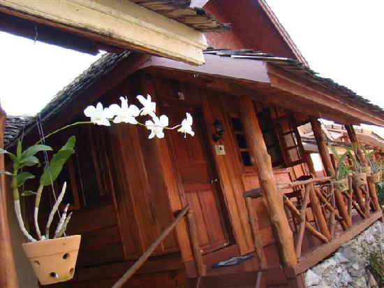 Phoomchai Guesthouse: Bungalow