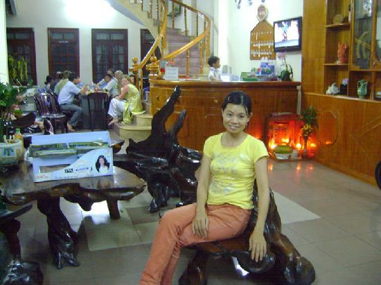 My Long Hostel : Nguyen at reception foyer 1