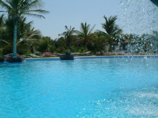 Barka, Oman: piscine