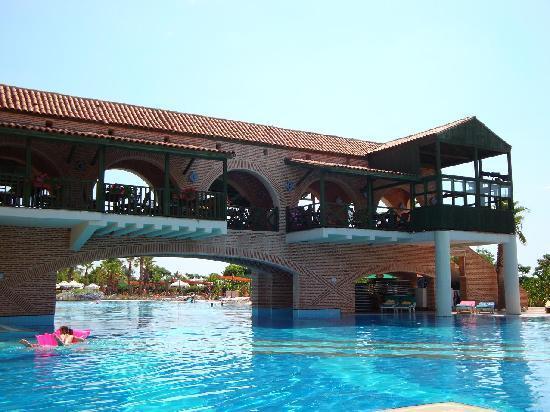 Limak Lara De Luxe Hotel Resort - Reviews | Facebook