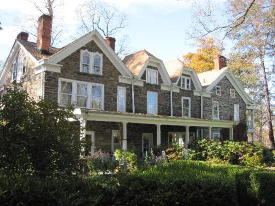 Hasbrouck House: The Inn at Stone Ridge