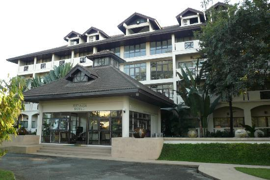 Eurasia Chiang Mai Hotel: The main hotel building