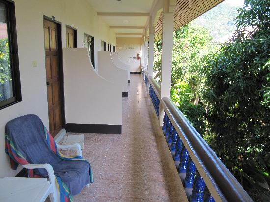"""Fantasy Hill Bungalow: Connecting Balcony """"A"""" block"""