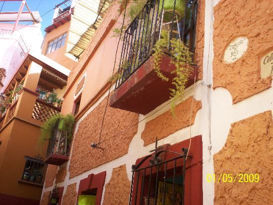 Alley of the Kiss (Callejon del Beso): Mexico Guanajuato Callejon del Beso 2