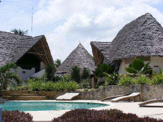 Matemwe Beach Village: pool side