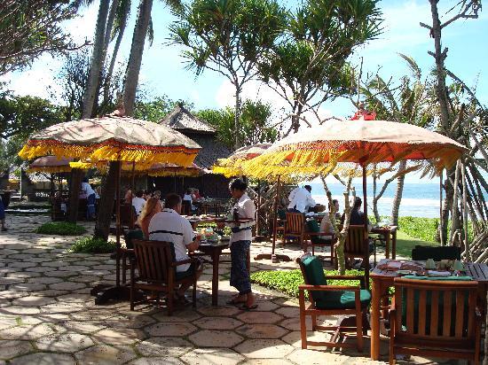 The Oberoi Bali: Breakfast area
