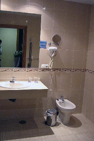Hotel Victoria Playa: Cuarto de baño