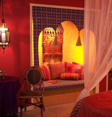 "El Morocco Inn & Day Spa: A ""Transporting Getaway"" guestroom!"