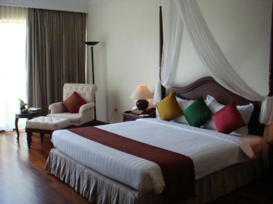 Angkor Palace Resort & Spa Photo
