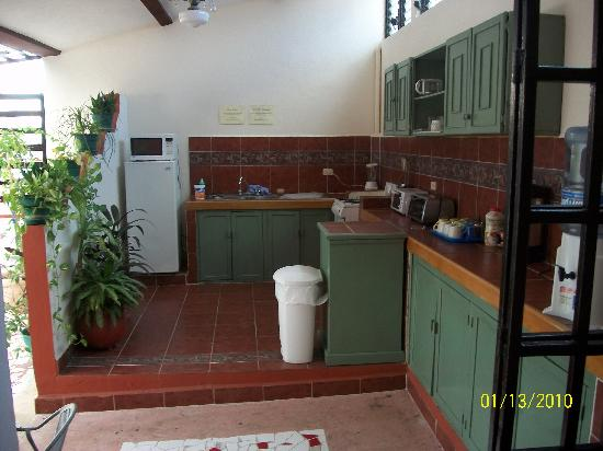 Hotel Pension San Juan: kitchen