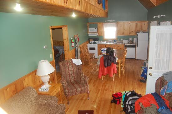 Cavendish Country Inn: Cottage 32