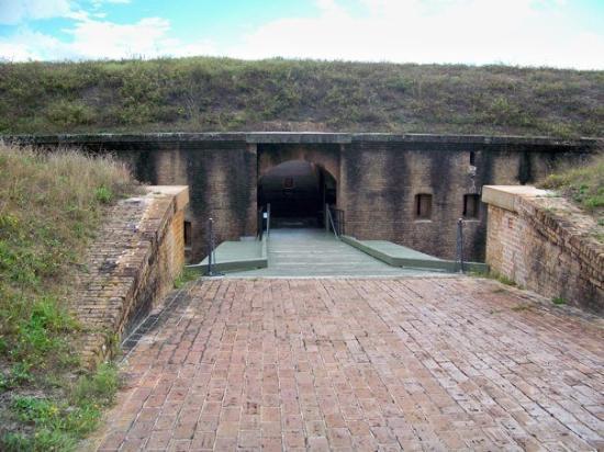 Fort Barrancas : 100_5140
