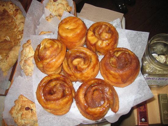 Treats of Maine : the best sticky buns