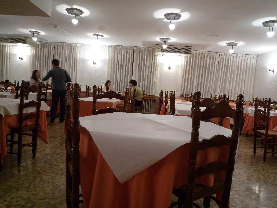 Montecarlo Hotel: Restaurant
