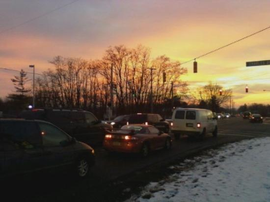 Carlisle, OH: Sunset over traffic... >^..^<