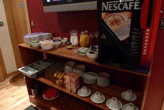 Newton Hotel: Breakfast Starters