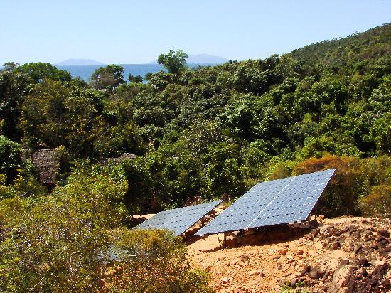 Eden Lodge: First 100% solar powered hotel in the world.