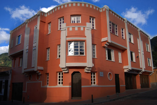 Hotel Casa Deco: the wonderful decó refurbished building.