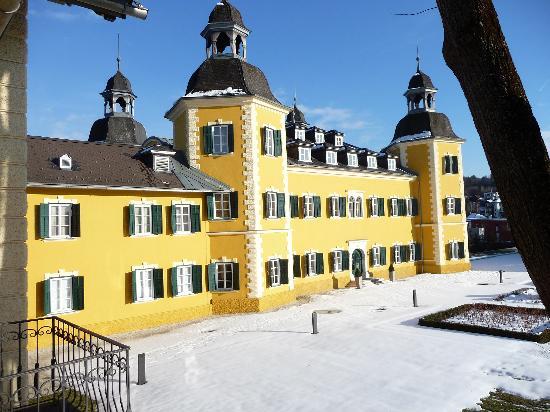 Falkensteiner Schlosshotel Velden: hotel esterno