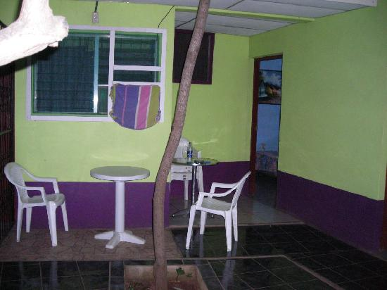 Nicaragua Guest House: inside courtyard of inn