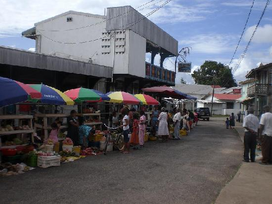 Hickatee Cottages: Farmer's market in Punta Gorda