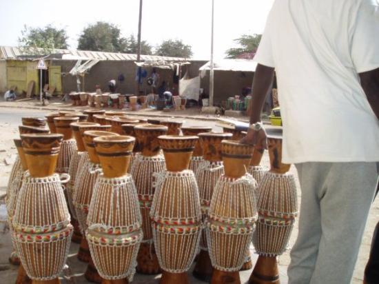 Thies, Senegal: Djembés