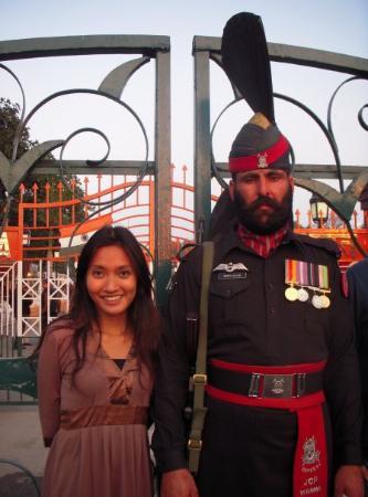 Lahore, Pakistán: david and goliath