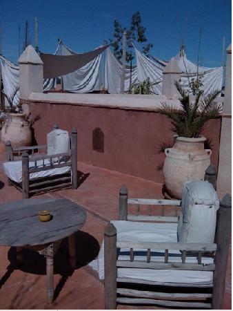 Riad les Inseparables: terrasse loun