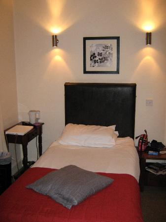 The Sandyford Hotel: Single en suite room