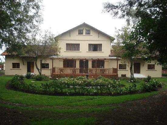 Hosteria-PapaGayo South: Front view of Papagayo