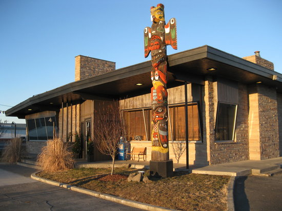 Photo of American Restaurant Porterhouse Steakhouse at 217 N Elder St, Moses Lake, WA 98837, United States