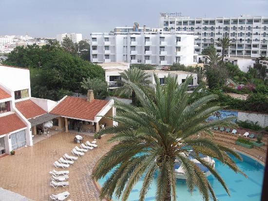 Hotel Adrar : Looking down on pool