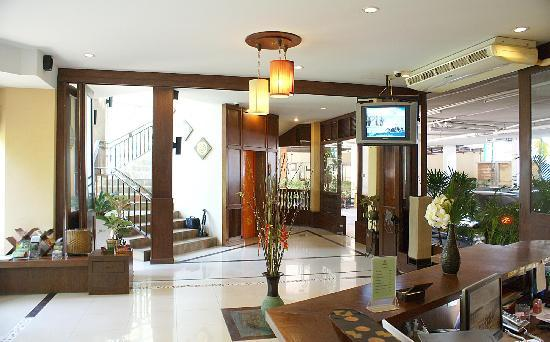 Gazebo Resort Pattaya: Lobby