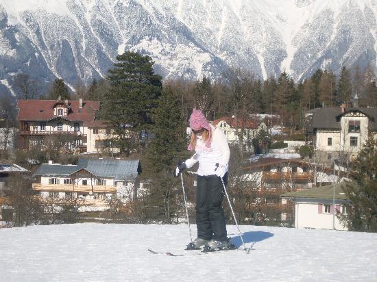 Sonnenhof Igls : Skiing on the beginner slope