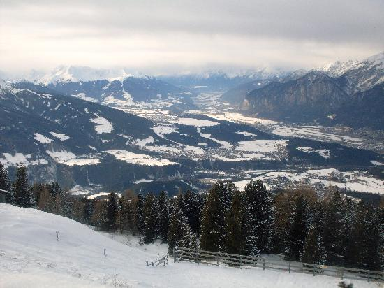 Sonnenhof Igls: The view from the mountain
