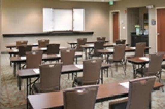 Hampton Inn Gadsden / Attalla: Meeting room