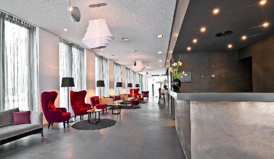 COSMO Hotel Berlin Mitte : Hotel Lobby