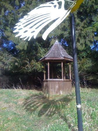 Monarch Sculpture Park: giant shadow casting buterfly